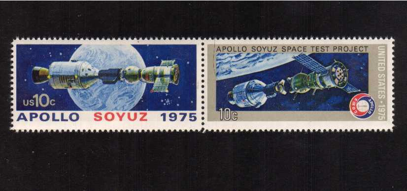 view larger image for  : SG Number 1568a / Scott Number 1569a (1975) - Apollo-Soyuz Space Issue<br/> HORIZONTAL - Se-tenant pair