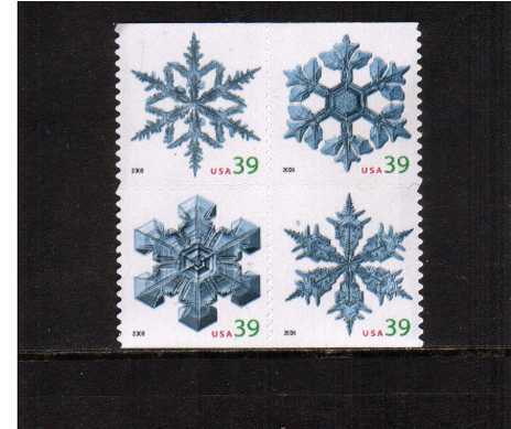 view larger image for Commemoratives 2006 - 2007 - Later Period Commemoratives: SG Number 4666-4669 / Scott Number 39c x4 - 5 October 2006 (2006) - Christmas - Snowflakes <br/> Booklet block of four - Perforation 11.25 x 11.5<br/><br/>
